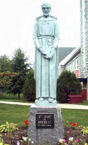 "Daniel Robert [Attribution], <a href=""https://commons.wikimedia.org/wiki/File:StatueStJeanDeBrebeuf1.jpg"" target=""_blank"">via Wikimedia Commons</a>"