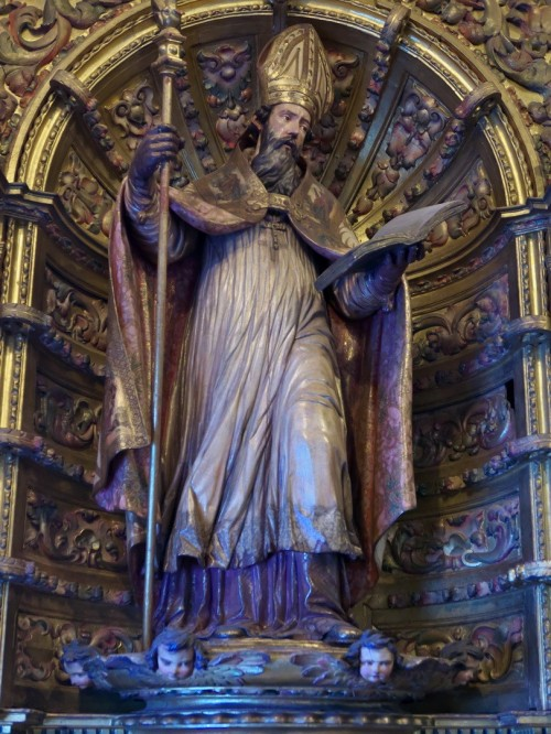 "José Luis Filpo Cabana [<a href=""https://creativecommons.org/licenses/by/4.0""  target=""_blank"">CC BY 4.0</a>], <a href=""https://commons.wikimedia.org/wiki/File:San_Isidoro_de_Sevilla,_Jos%C3%A9_de_Arce_(Catedral_de_Sevilla).jpg""  target=""_blank"">via Wikimedia Commons</a>"