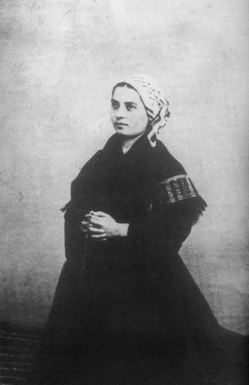 Bernadette_Soubirous_en_1863_photo_Billard-Perrin_2.jpg