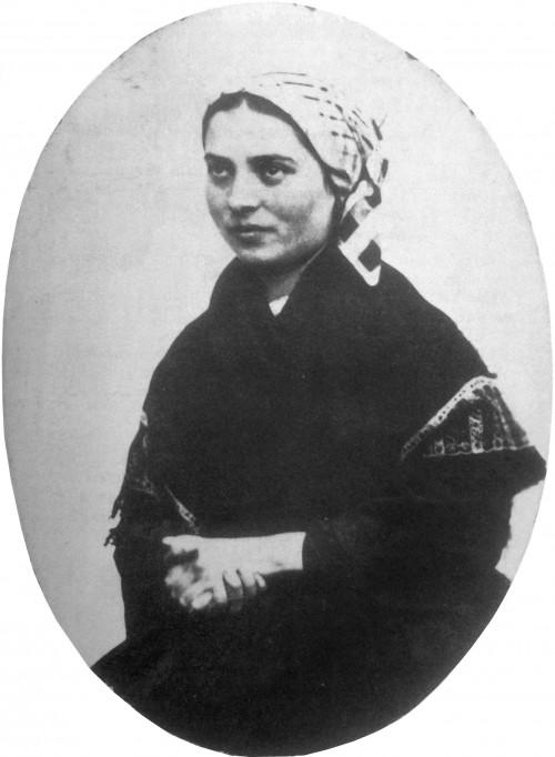 Bernadette_Soubirous_en_1863_photo_Billard-Perrin_4.jpg