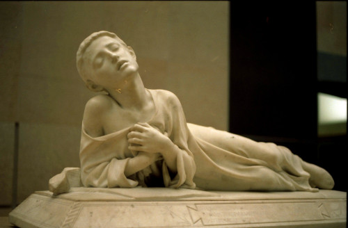 """Alexandre Falguière [<a href=""""https://creativecommons.org/licenses/by-sa/2.0/fr/deed.en""""  target=""""_blank"""">CC BY-SA 2.0 fr</a>], <a href=""""https://commons.wikimedia.org/wiki/File:Statue-Orsay-03.jpg""""  target=""""_blank"""">via Wikimedia Commons</a>"""