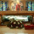 Shrine_of_St._John_Neumann.th.jpg